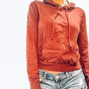 Forever 21 maroon cropped sweatshirt